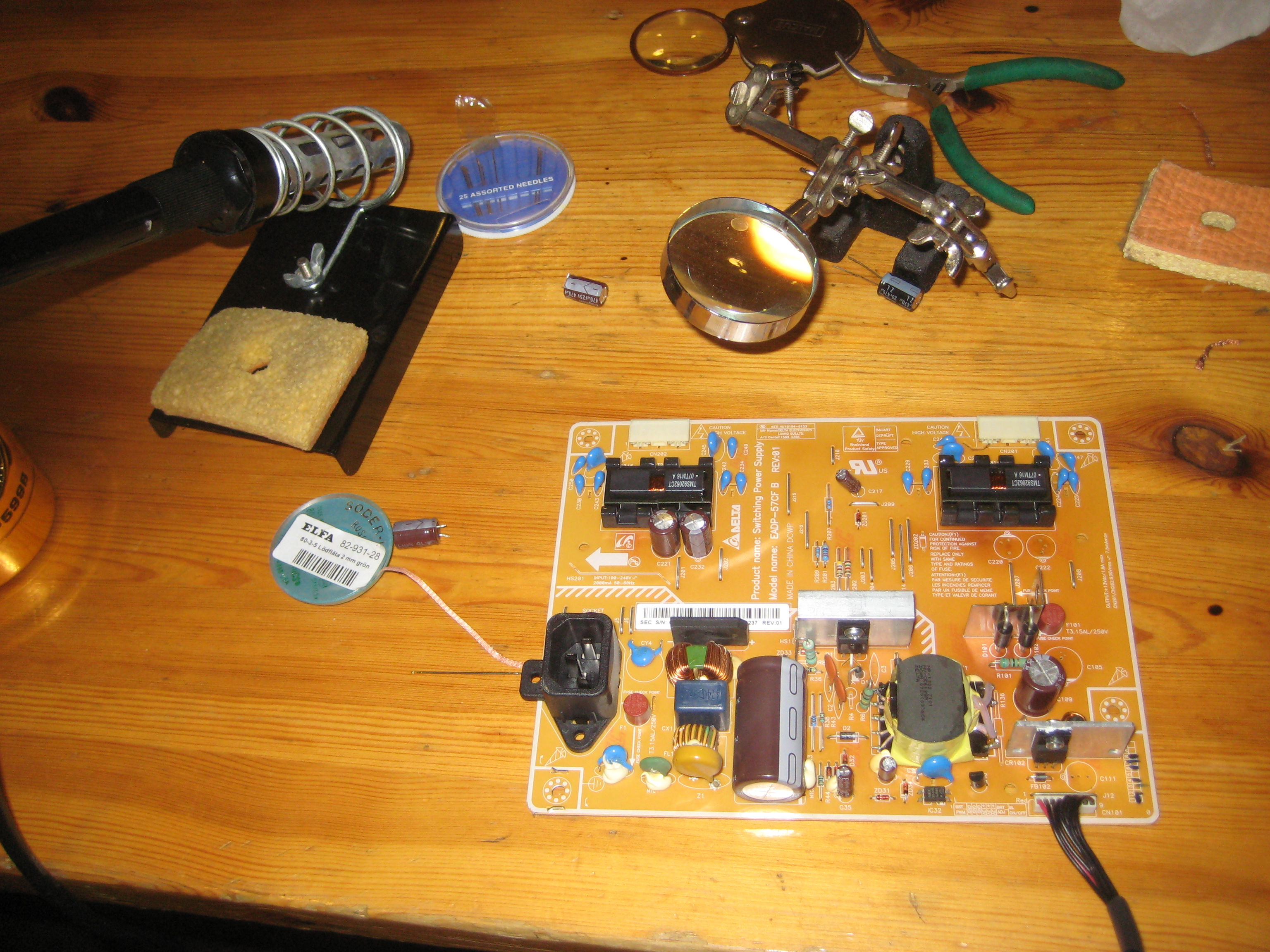 Disassembly And Repair Of Lcd Monitor Specifically Samsung 225mw Capacitors Electronic Snap Circuits Wiki Capacitor Switch